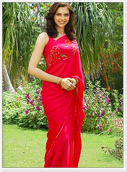 Deepika Padukone in Gorgeous Red Saree