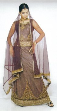 Lacha Style http://www.indianwomenclothing.com/lehengas/types-of-indian-lehengas.html