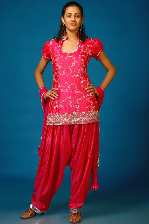 Model  Suit Pakistanigirlsclothesfashionanarkaliindiansalwarkamiz4