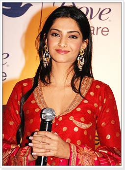 Sonam Kapoor in Red Polka Dots Bollywood Suit